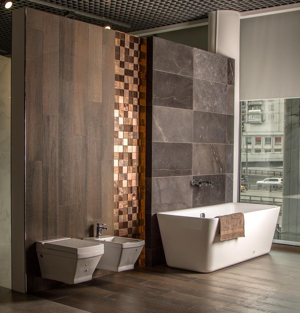 Интерьер ванной конматы в салоне Zodiac Интерьер&Керамика